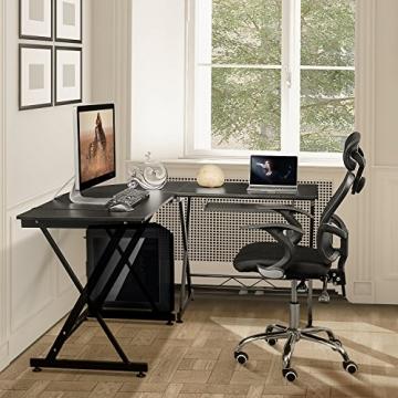 PC-Schreibtisch-171123120657